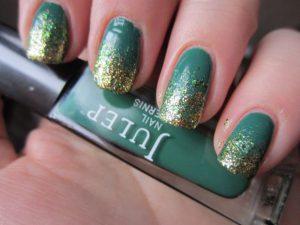 Glitter Ombre Nail